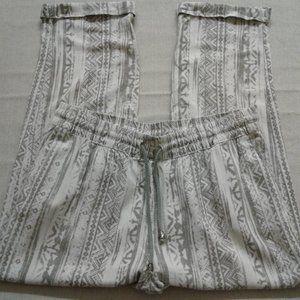 Style Me  Women's Adjustable Waist  Pants  Size PL